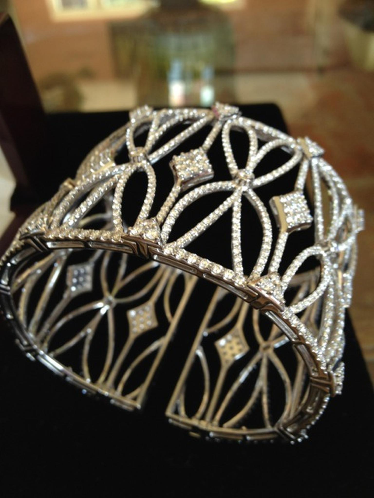 Blue Nile art-deco 24-carat diamond encrusted cuff bracelet