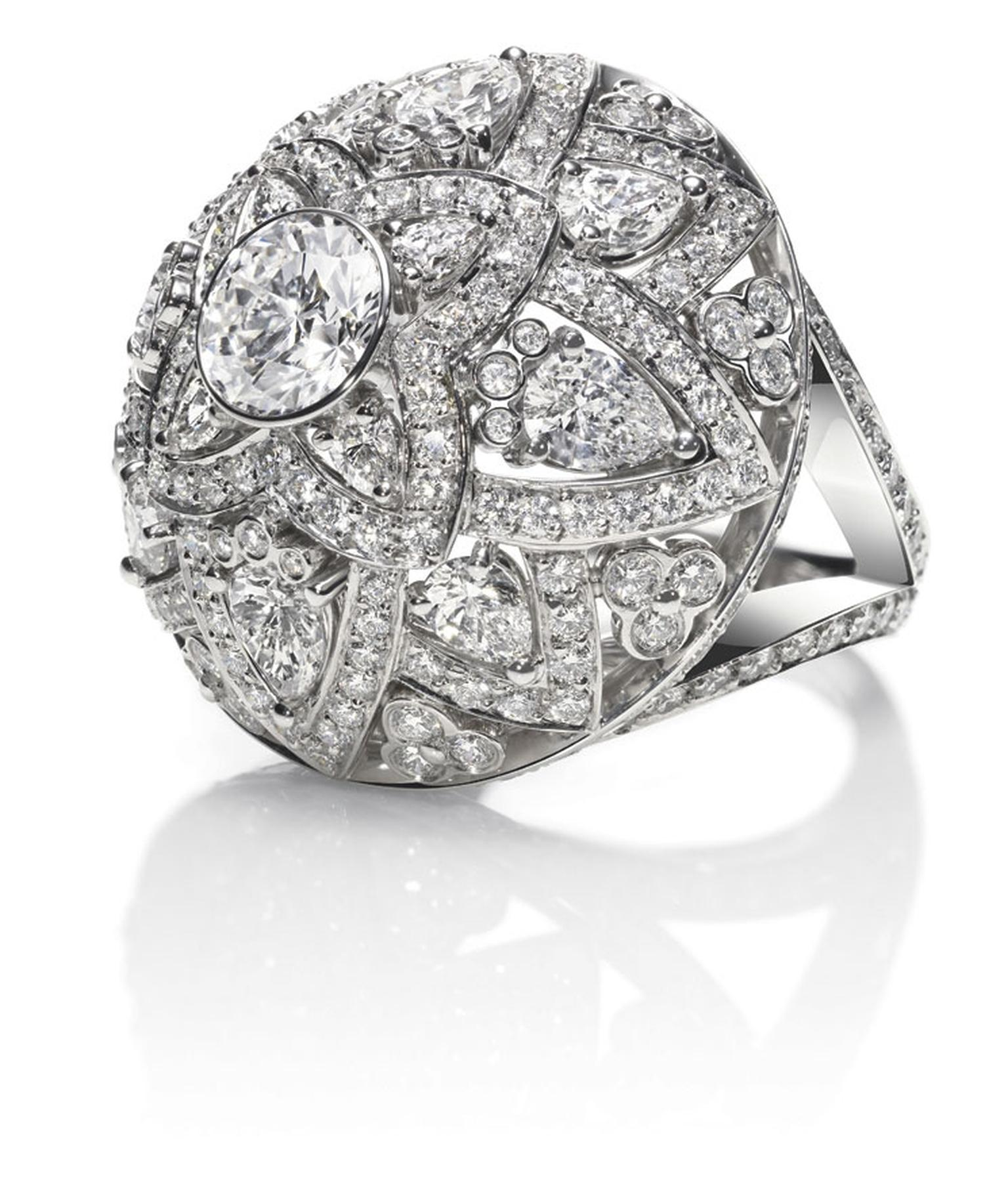 Harry-Winston_INDIA_LOTUS-RING