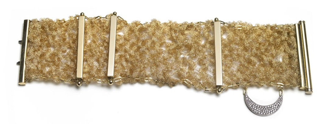 Alexandra-Jefford-1001-Night-18ct-yellow-gold-knitted-cuff-with-diamond-pave
