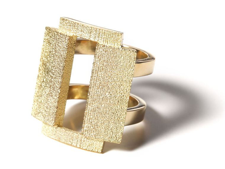 Alexandra-Jefford-The-Fonts-OAKLAND-18ct-gold
