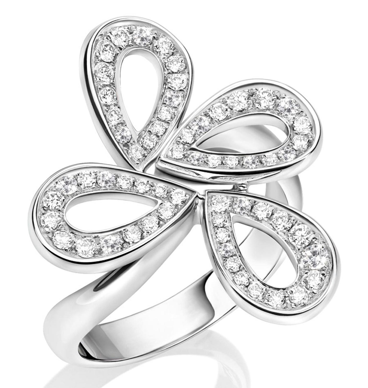 Montblanc_Collection_Princesse_Grace_de_Monaco_Petales_de_Rose_motif_ring_107963