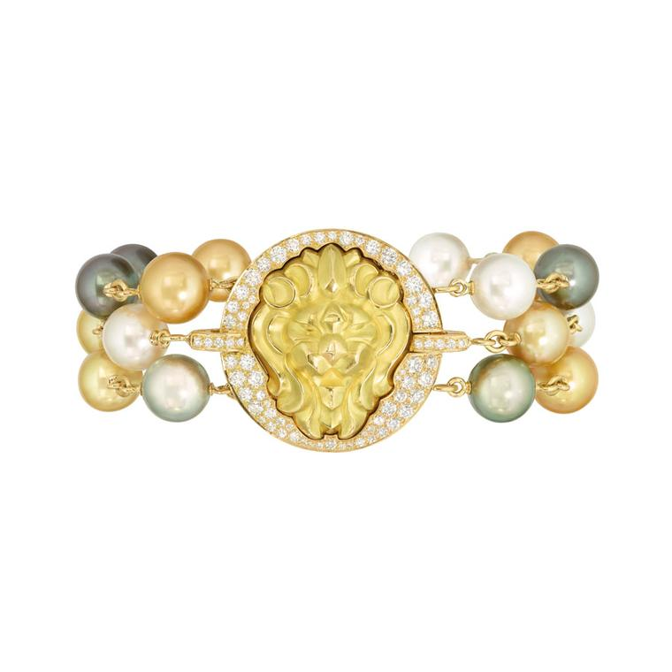 Pearl jewellery has shed its fusty image and become fashionable once again