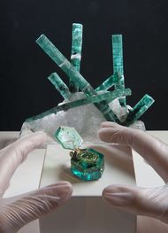 Two extraordinary emeralds are set to draw the crowds at the Cheapside Hoard exhibition in London