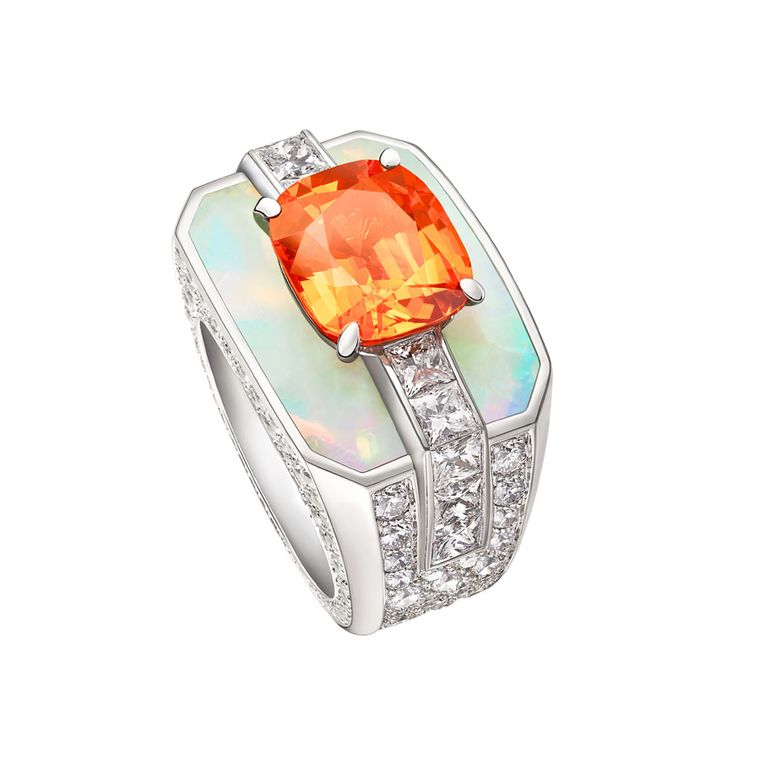Louis Vuitton white gold ring, set with a mandarin garnet, opals and diamonds, from the Chain Attraction collection