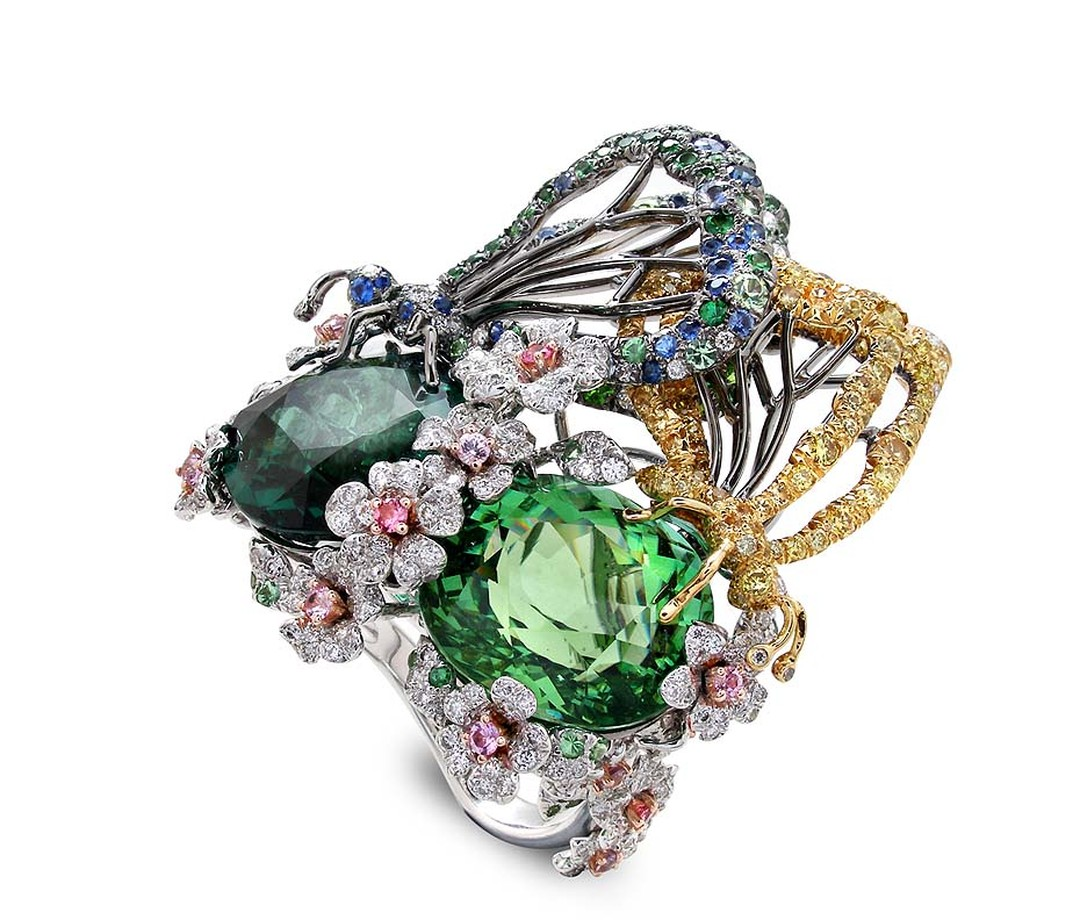 Anna Hu Butterfly Lovers ring in white and yellow gold, set with a 9.48ct green tourmaline, 9.88ct chrome tourmaline, diamonds and multi-coloured sapphires.