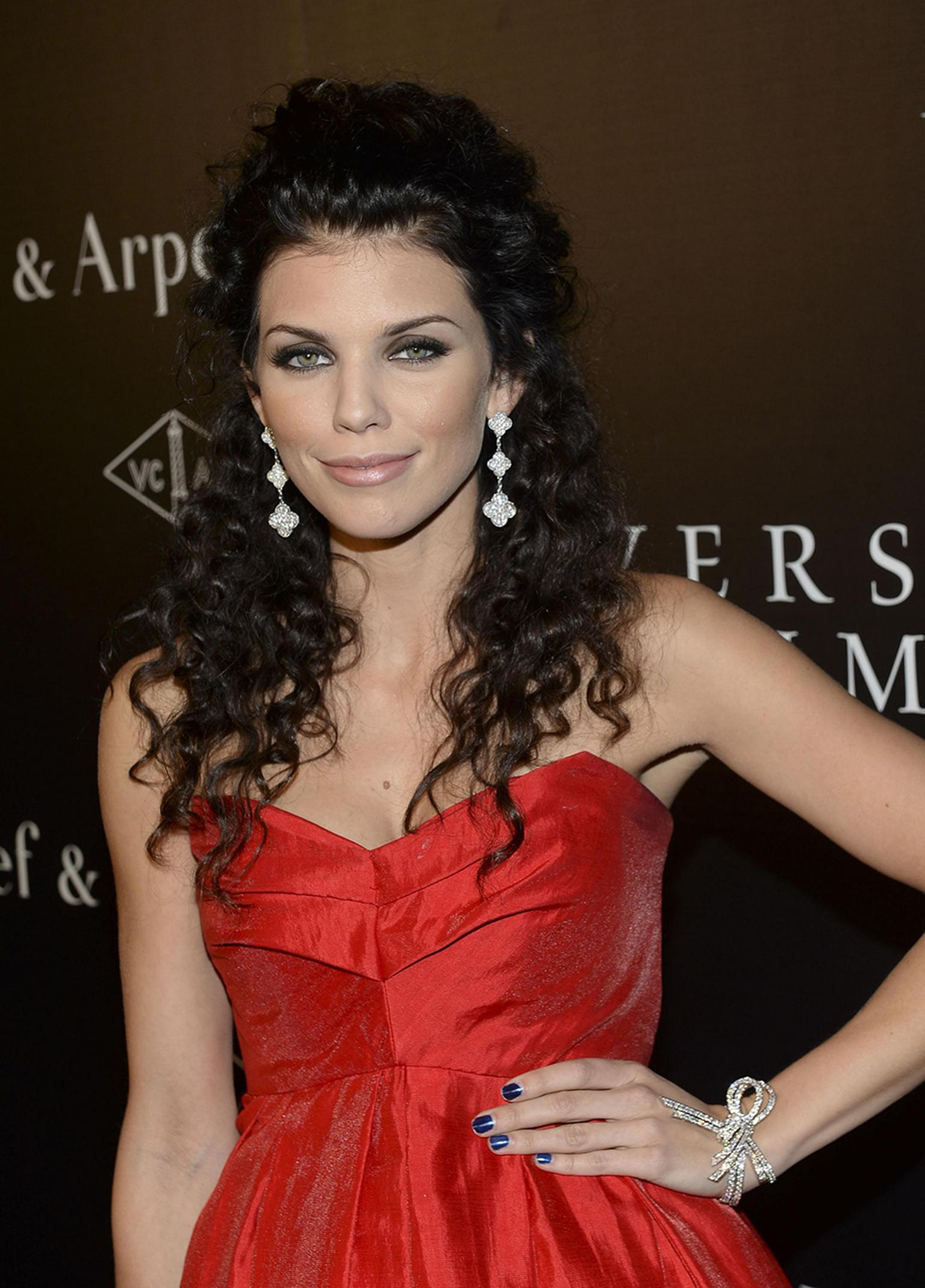 AnnaLynneMcCordVanCleefexhibition