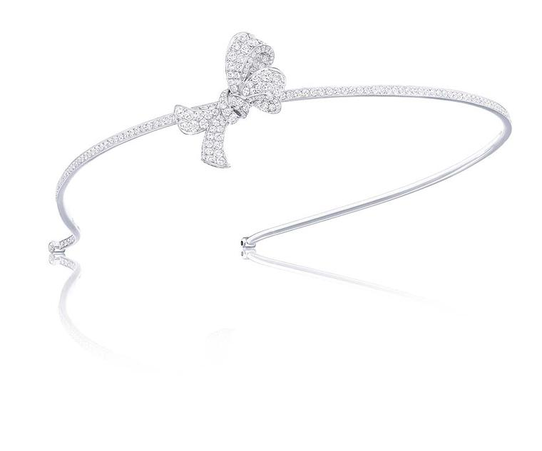 Graff Diamonds bow motif Alice band, set with 10.13ct diamonds