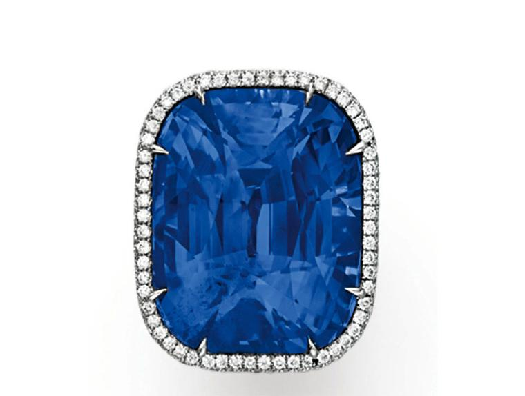 Christies lot 109 A SAPPHIRE AND DIAMOND RING