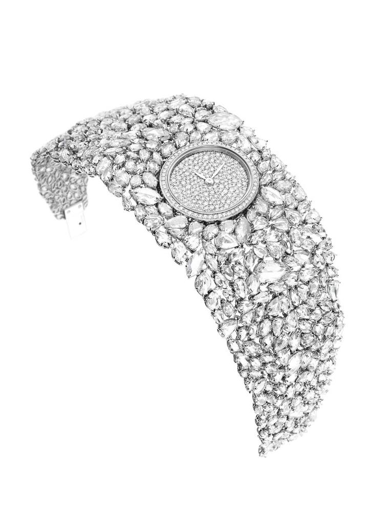 Placed in the middle of the diamond bracelet on DeLaneau's Grace Diamonds jewellery watch is an oval dial set with 268 diamonds, bringing the total carat weight to 44.