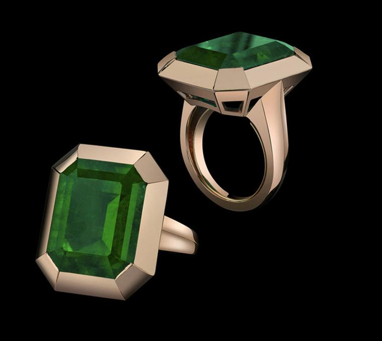 Style of Angelina emerald ring