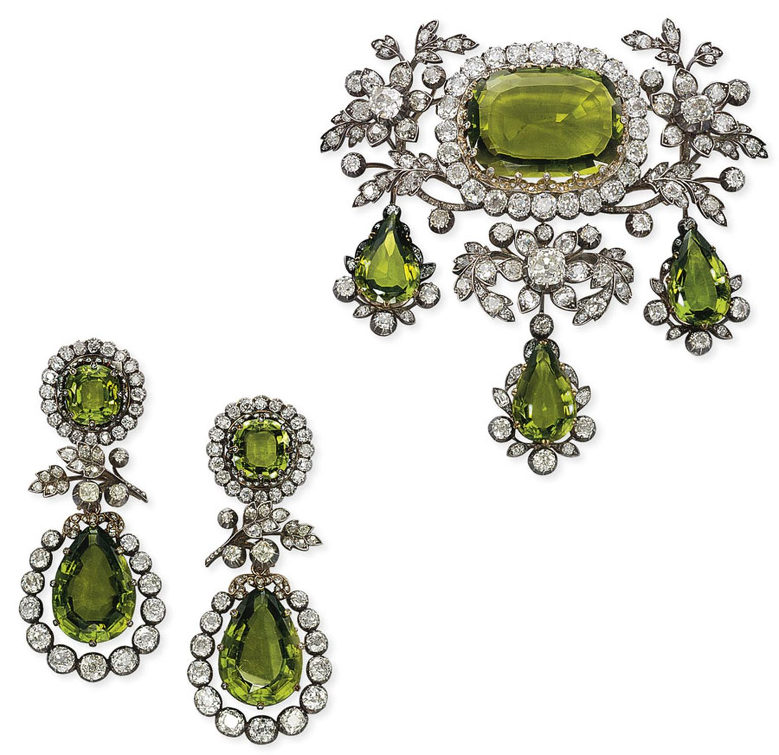 Christies-Antique-Peridot-and-Diamond-jewellery