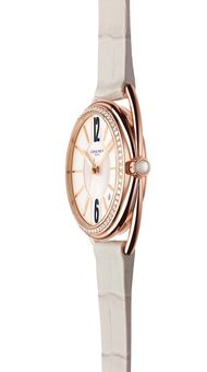 A new collection of Liens watches from the House of Chaumet are the epitome of chic