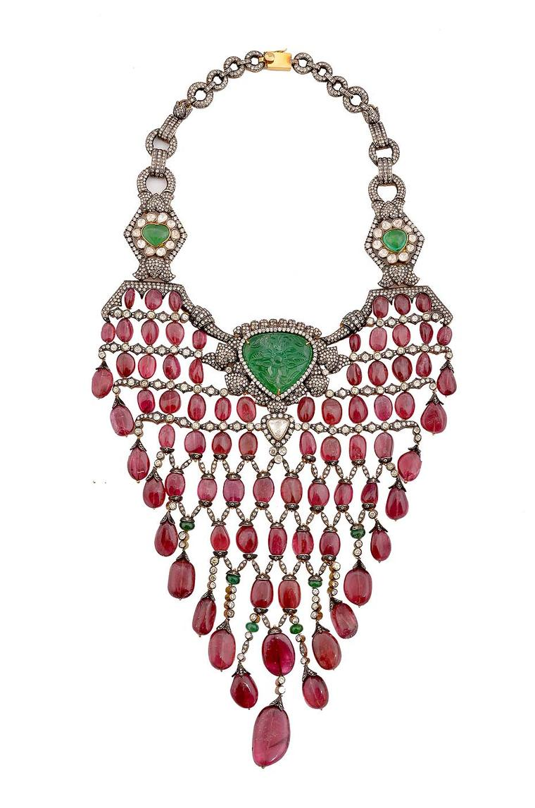 Amrapali exhibits heritage jewellery in New Delhi and London