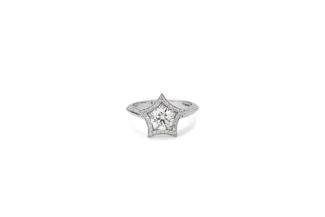 Stephen Webster's Bridal Collection 'Stargazy' engagement ring with Forevermark diamonds.