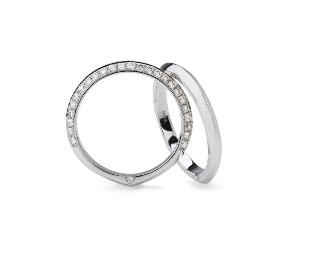 Stephen Webster's Bridal Collection pavé diamond wedding bands with Forevermark diamonds.