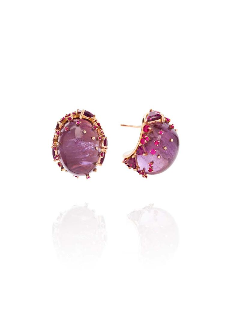 Fernando Jorge Fusion Rounded Earrings in rose gold with rubies, rhodolites and amethyst.