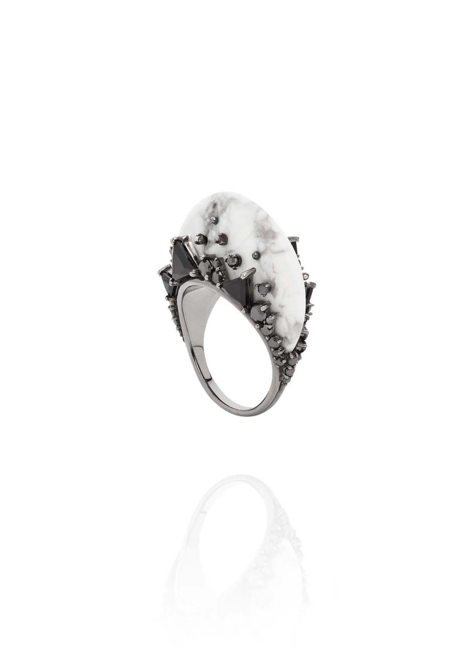 Fernando Jorge Fusion Tall Ring in black rhodium plated gold with black diamonds, black jade and howlite.