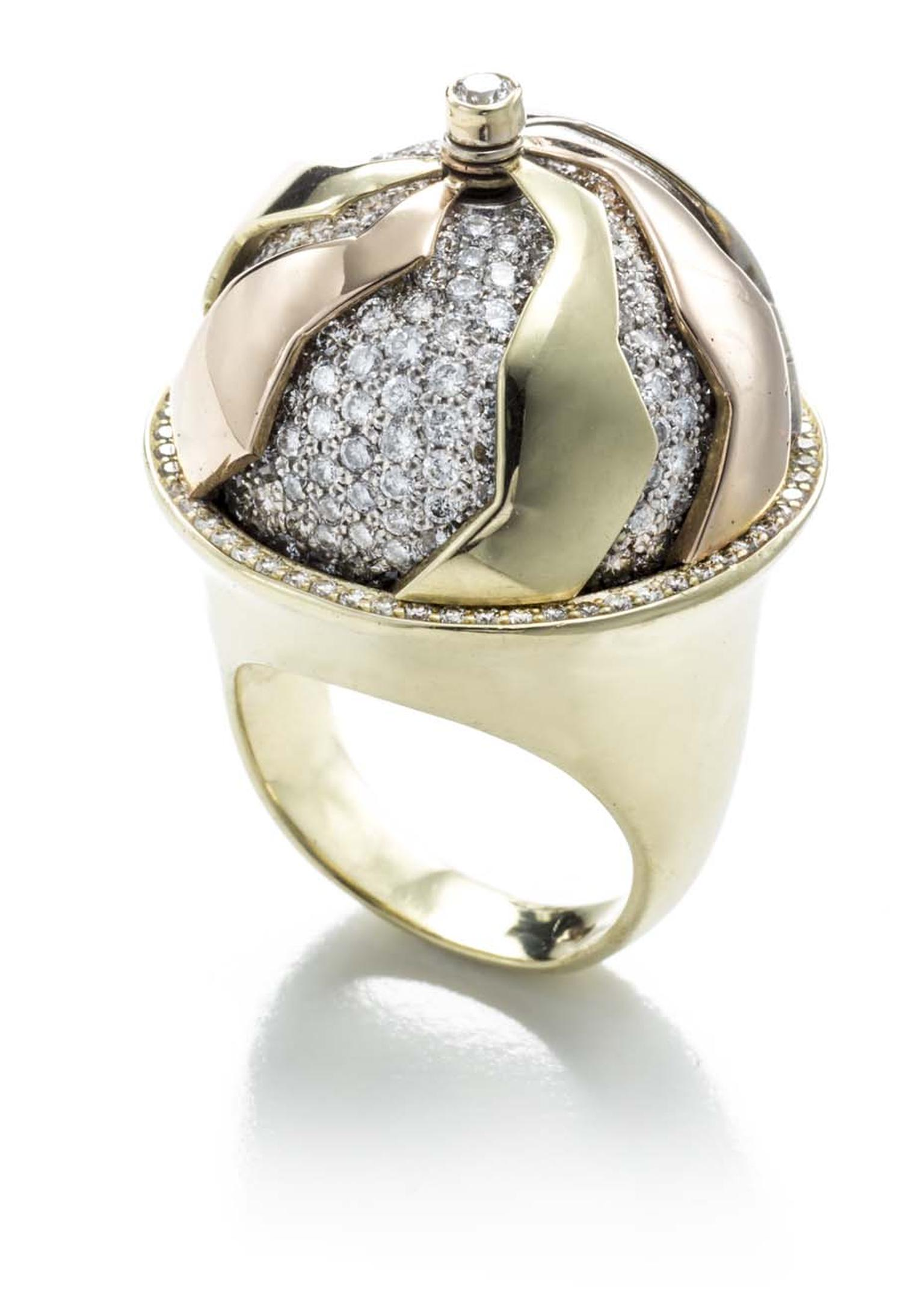 Kara Ross Pangea ring in yellow gold and rose gold with diamonds