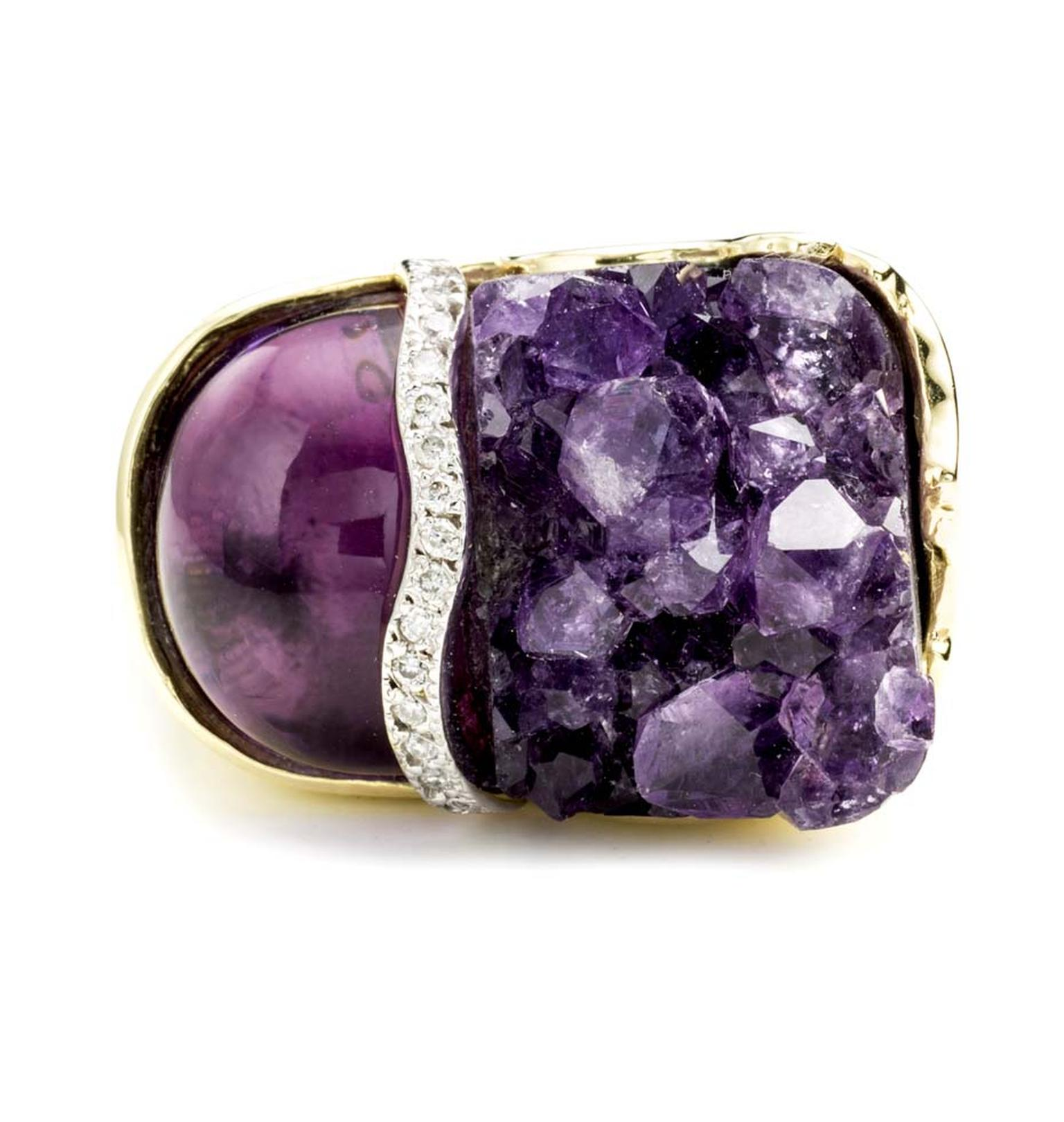 Kara Ross loves the juxtaposition of rough and smooth gemstones