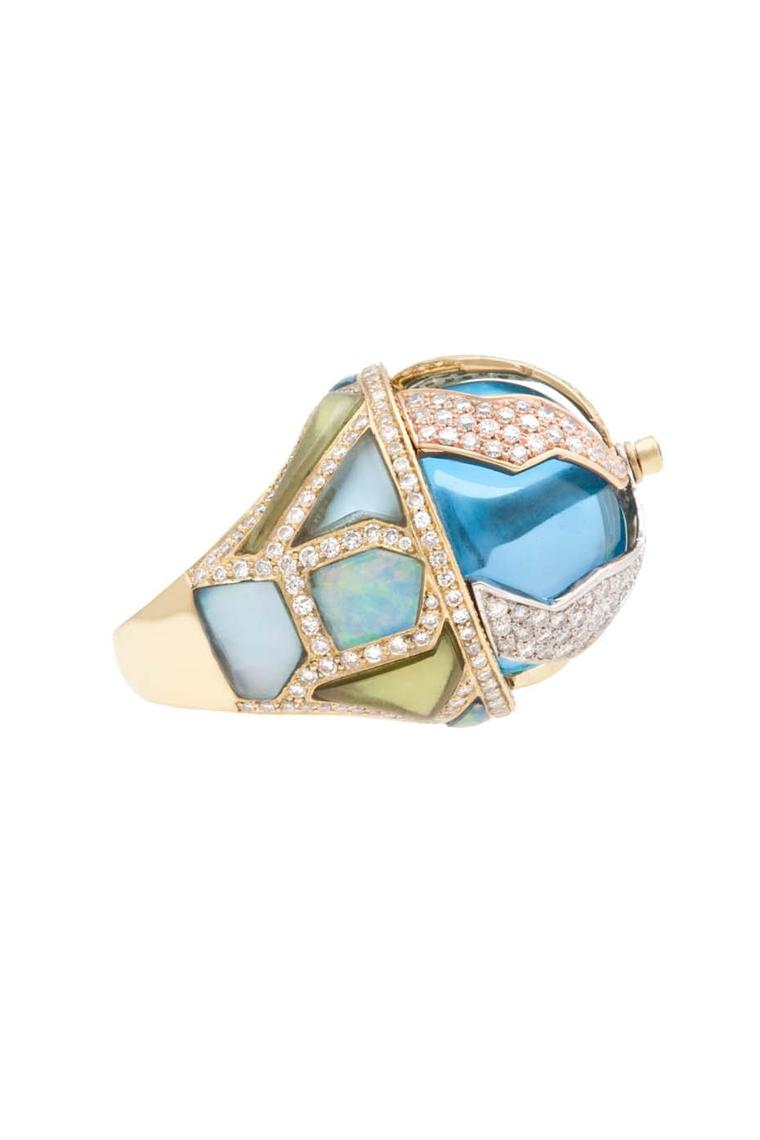The new Petra collection was inspired by the design of the Pangea ring
