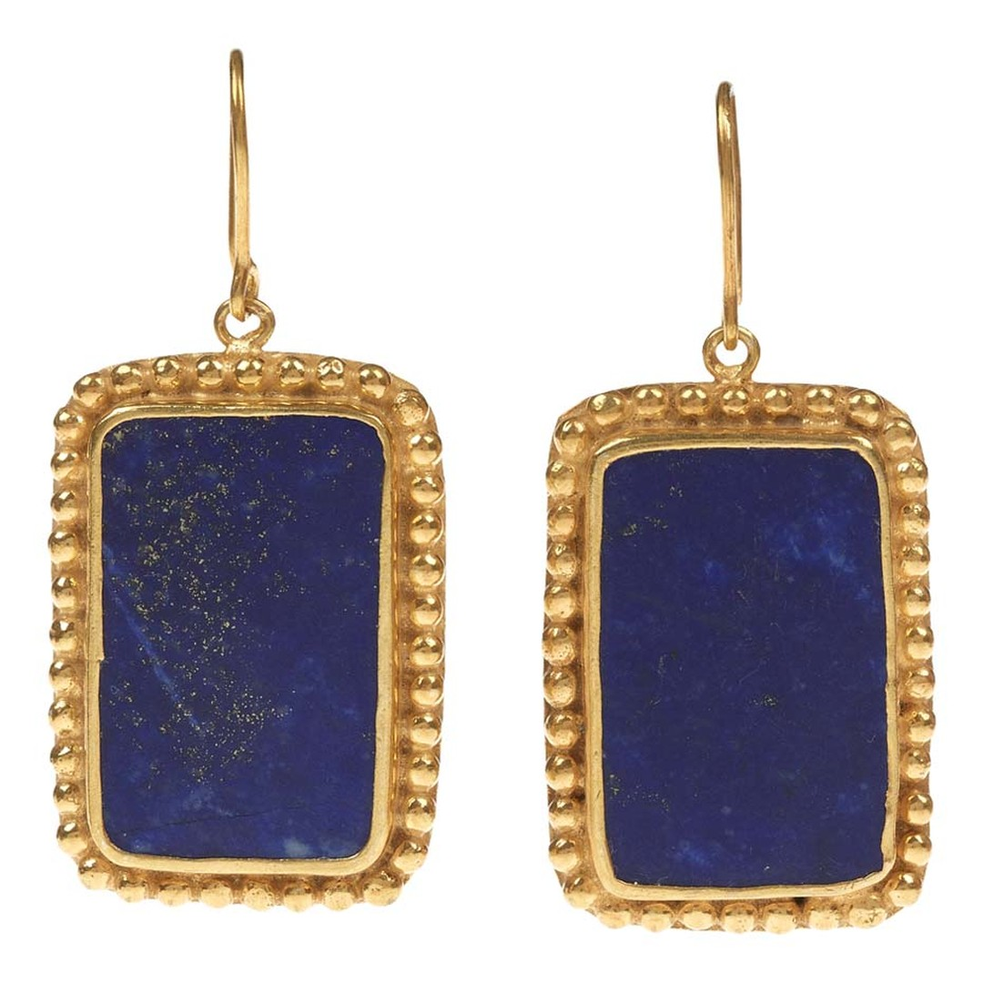 Pippa Small's gold Turquoise Mountain earrings in gold and lapis lazuli.