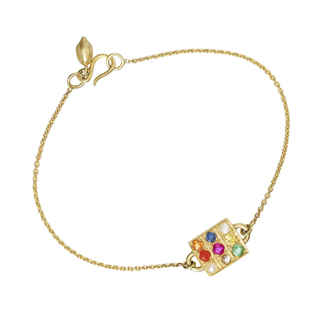 Pippa Small Navaratna bracelet in yellow gold and multi-coloured gemstones