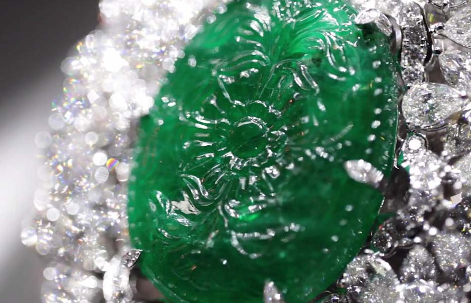 Graff 150ct emerald carving