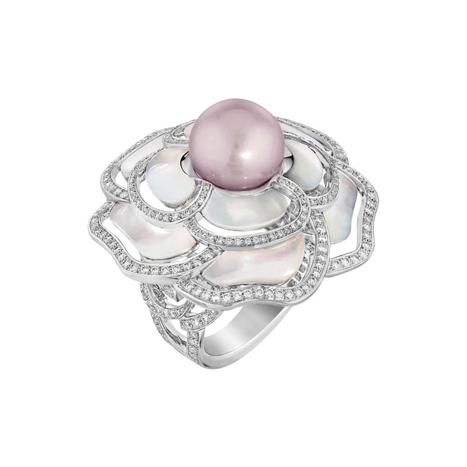 Chanel Camélia Nacré ring in white gold, set with brilliant-cut diamonds, a freshwater cultured pearl and carved mother of pearl