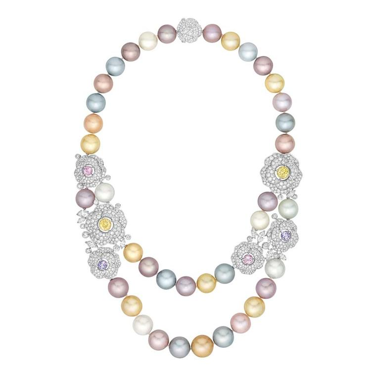 Chanel Printemps de Camélia Sautoir in white gold with 38 Tahitian, South Sea and freshwater cultured pearls
