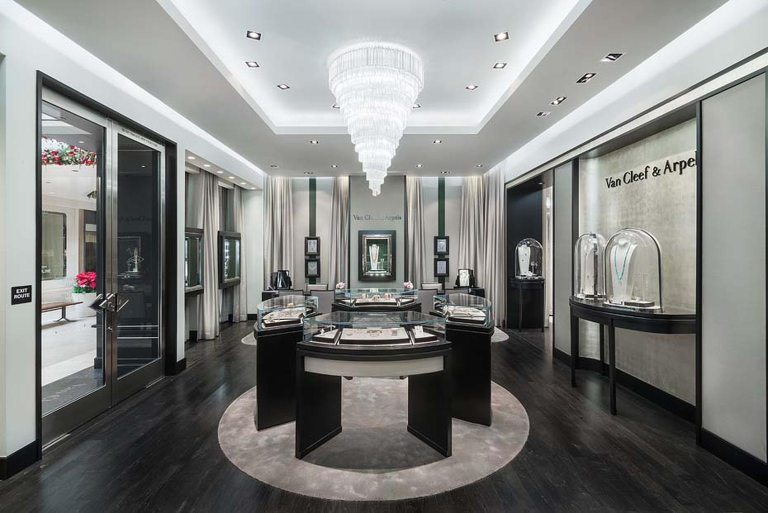 Twice as big as its original space, the Van Cleef & Arpels boutique is decorated with rich silk walls, gold leaf accents and a sophisticated colour scheme