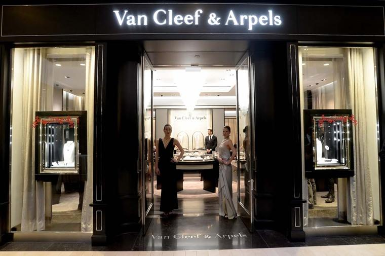 The facade of the newly reopened Van Cleef & Arpels boutique at the South Coast Plaza in California