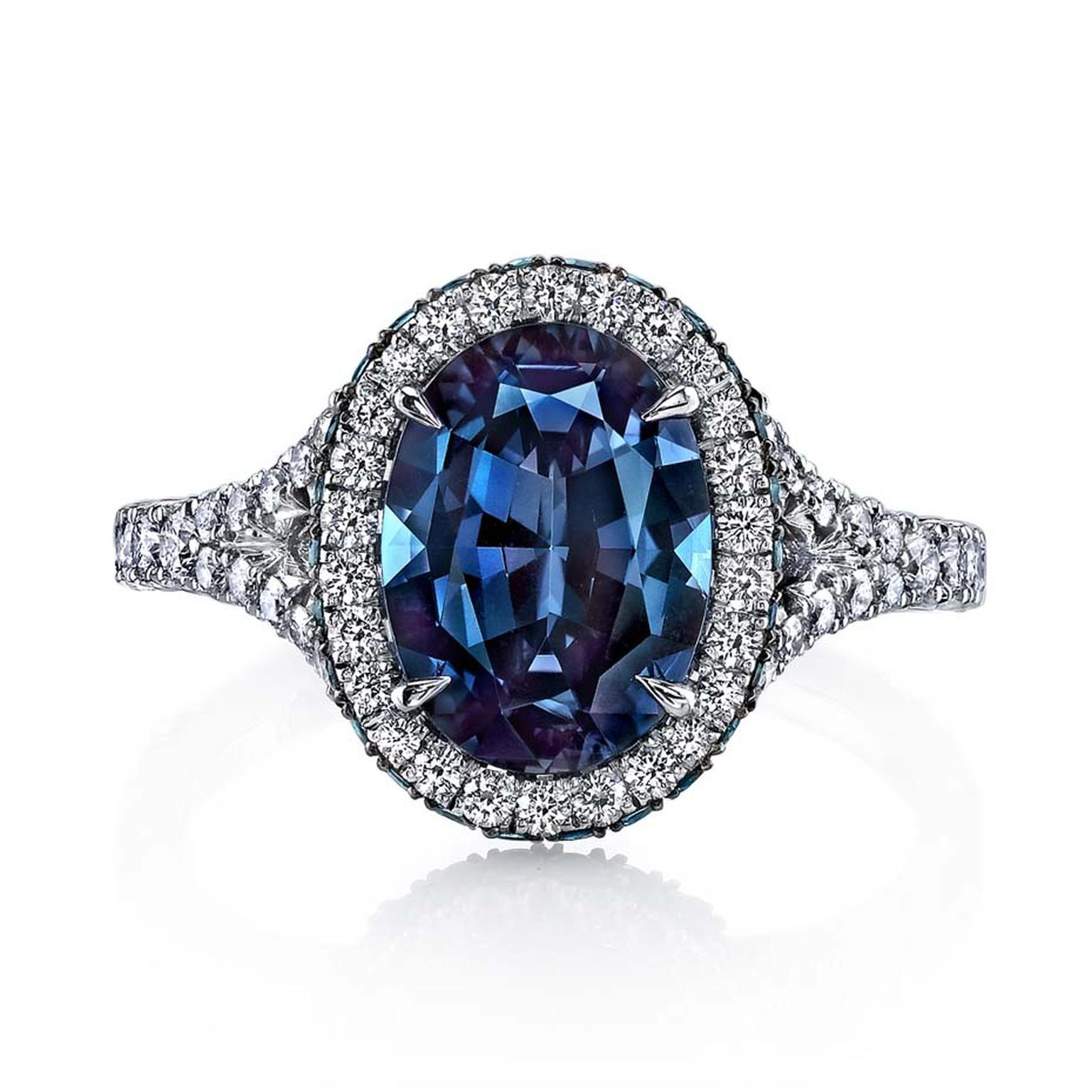Omi Privé one-of-a-kind alexandrite and diamond ring
