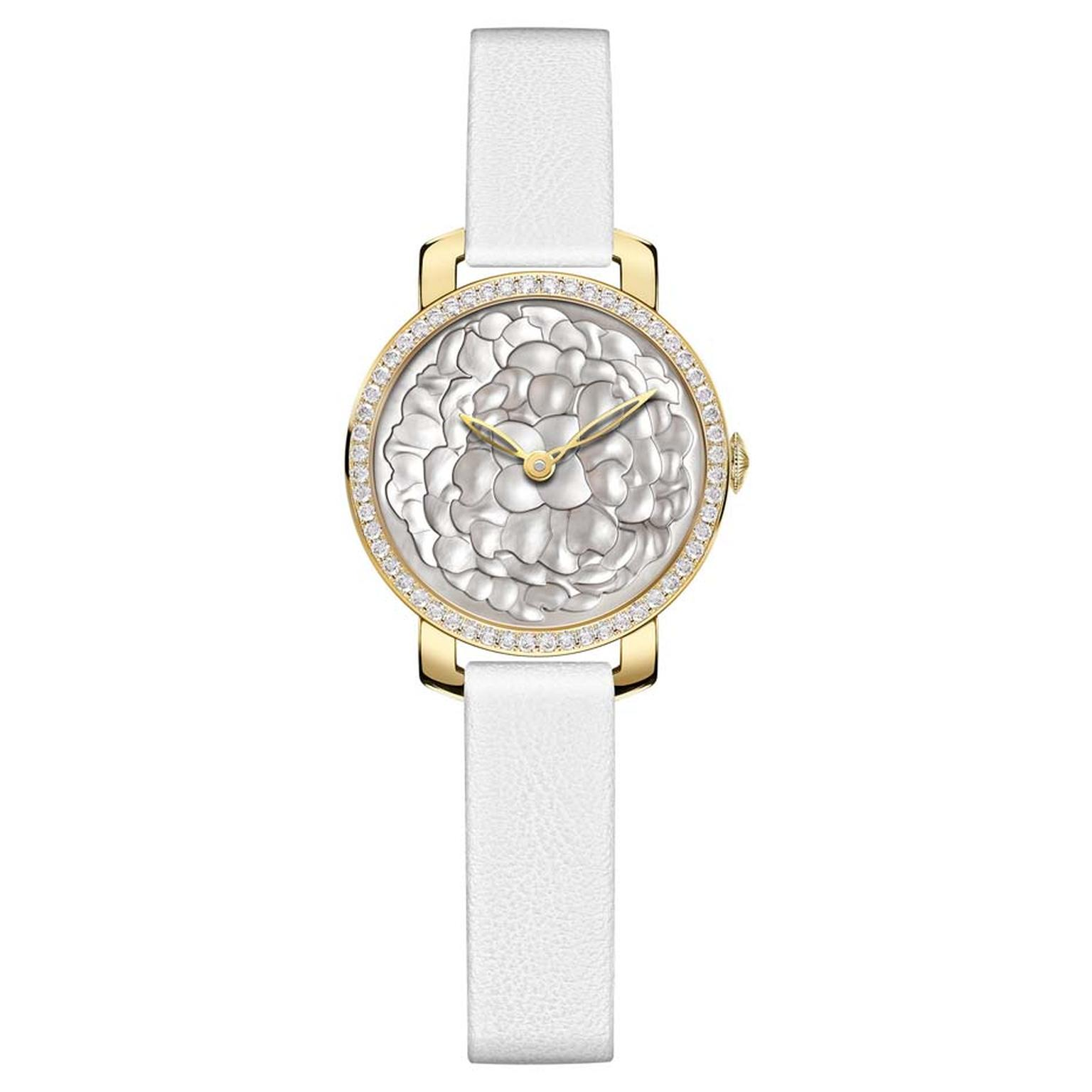 Chaumet Montres Pre´ciuses collection watch in yellow gold featuring a bezel with 56 brilliant-cut diamonds