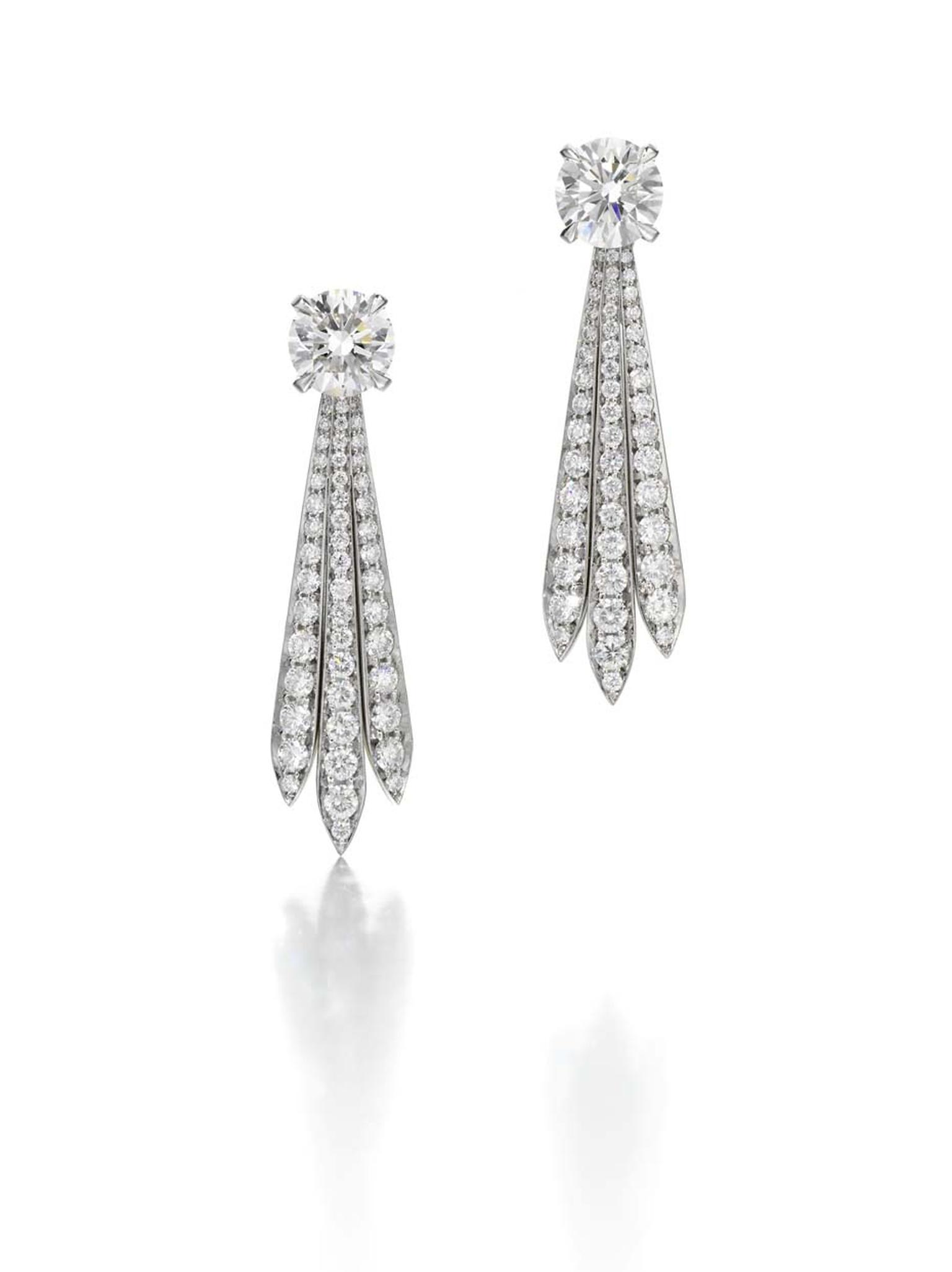 Jessica McCormack Mini Wheat Drop platinum earrings featuring 'wheat' diamonds elegantly hanging from two briliiant-cut diamonds