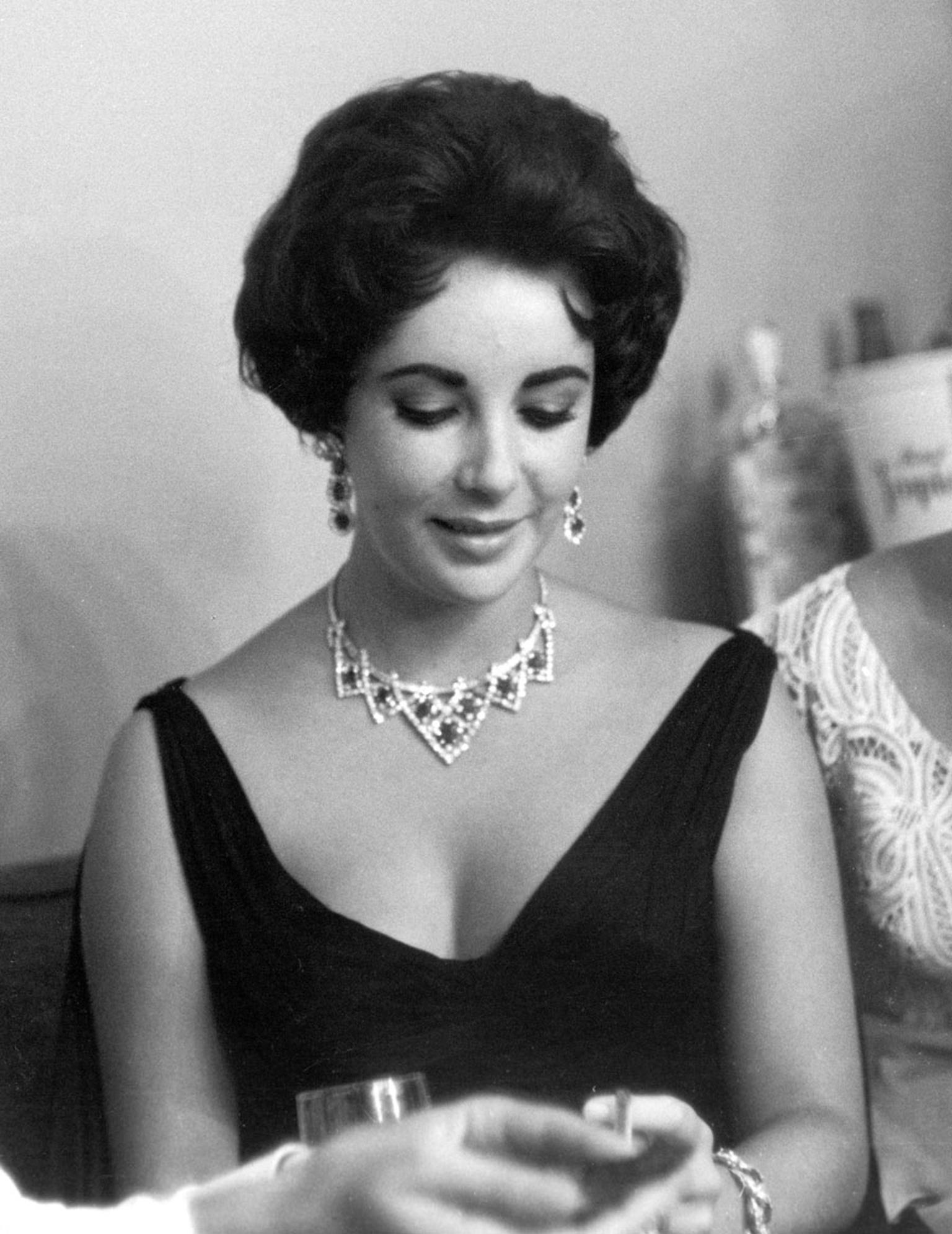 Cartier supplies jewellery for BBC4 biopic about Elizabeth Taylor ...