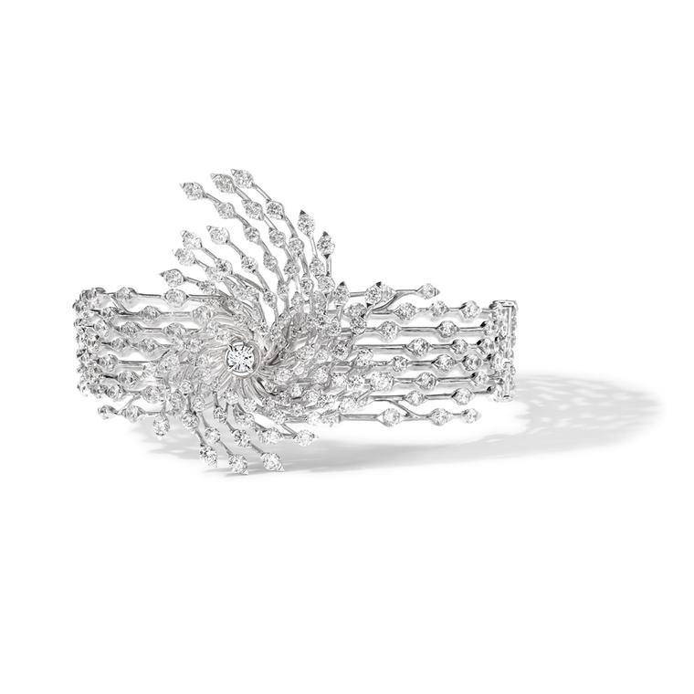 Brilliant-cut diamond Asprey Storm cuff in white gold