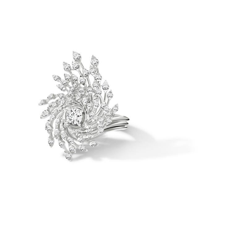 Brilliant-cut diamond Asprey Storm ring in white gold