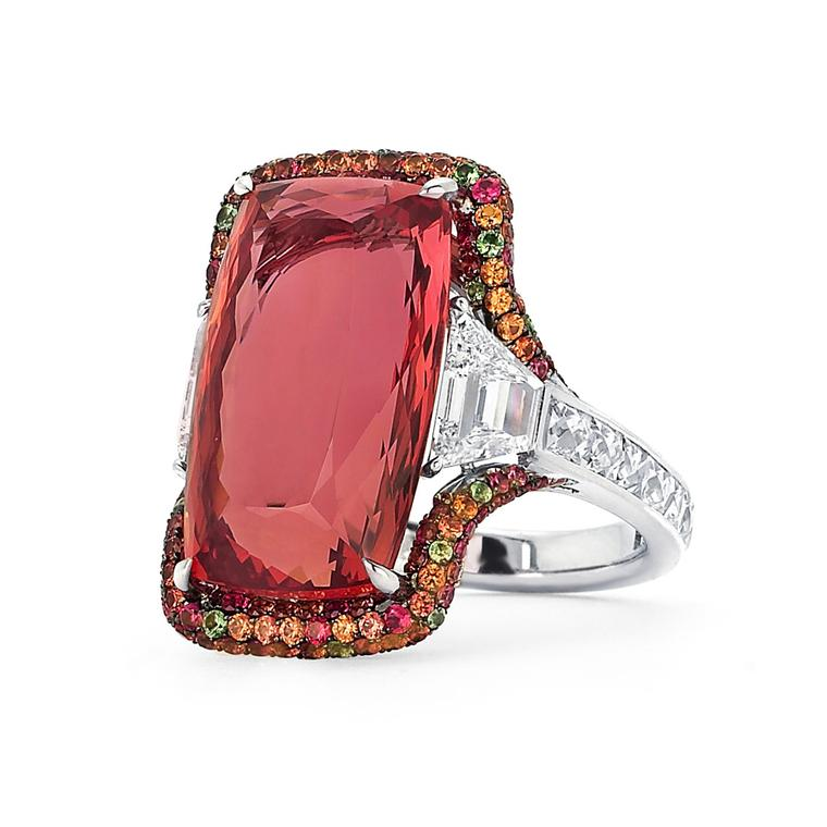 Martin Katz New York collection ring in white gold, set with an 18ct Imperial topaz