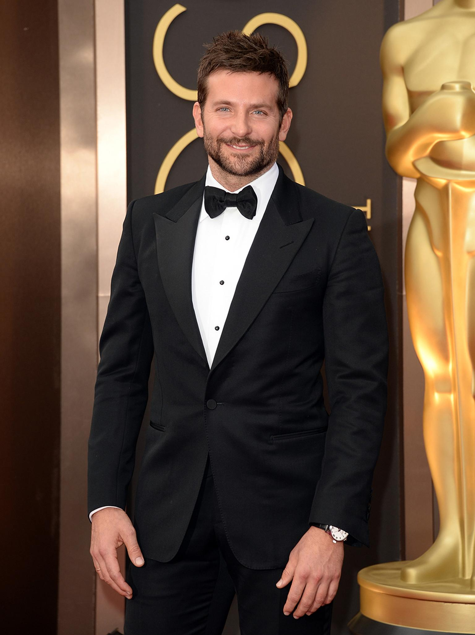 Nominated for Best Actor in a Supporting Role, Bradley Cooper wore Chopard's L.U.C 1937 swatch in stainless steel for his red carpet entrance