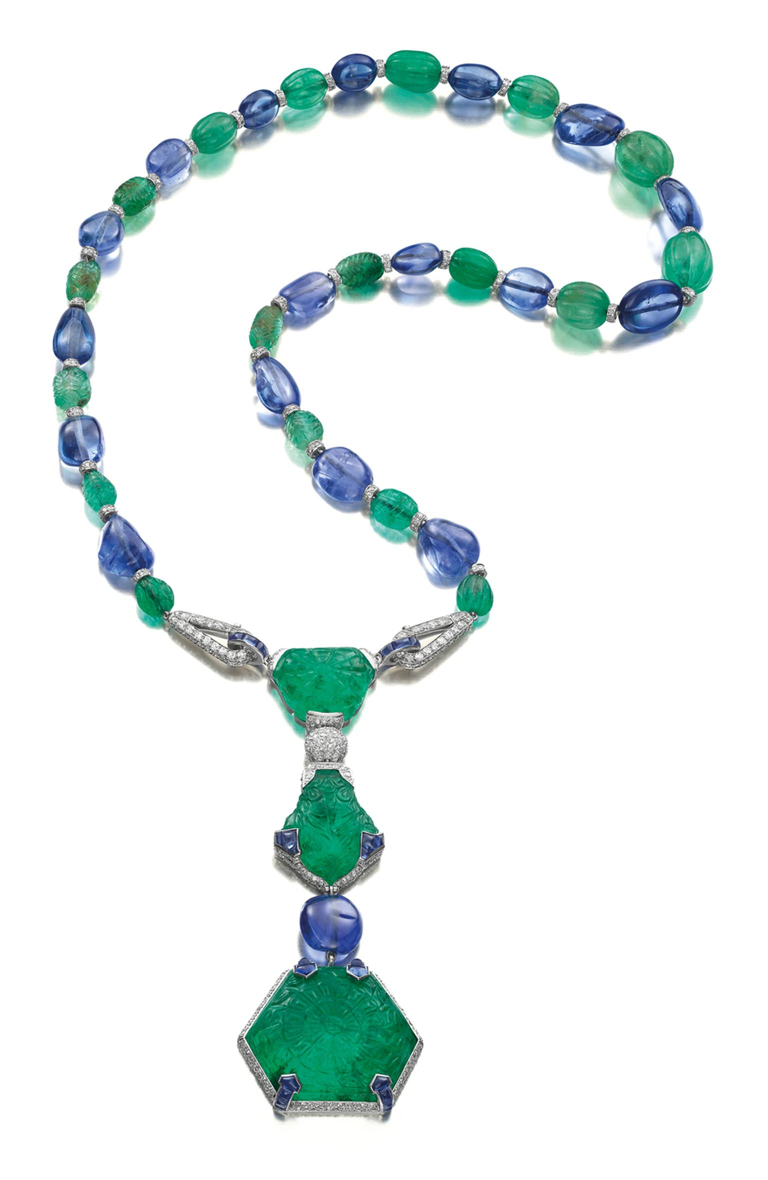 Cartier necklace dating from 1925 in platinum, featuring diamonds, sapphires and emeralds