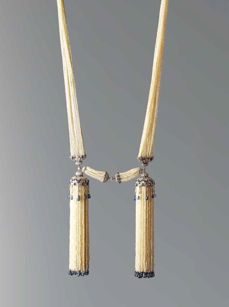 Chaumet Bayade`re platinum necklace from 1920 featuring diamonds, sapphires and seed pearls