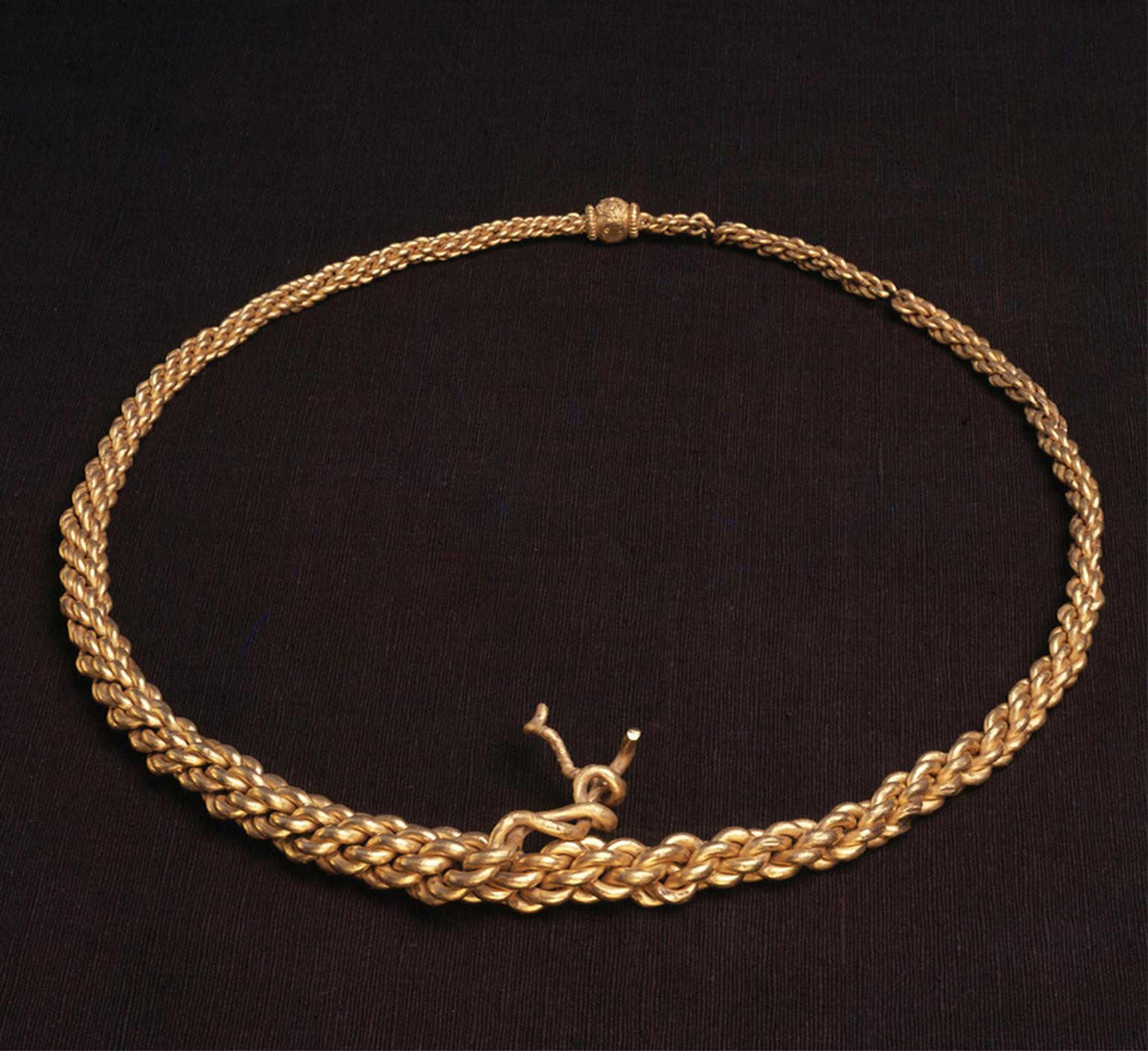 10th century gold neck-ring. Kalmergården, Tissø, Zealand, Denmark. © The National Museum of Denmark