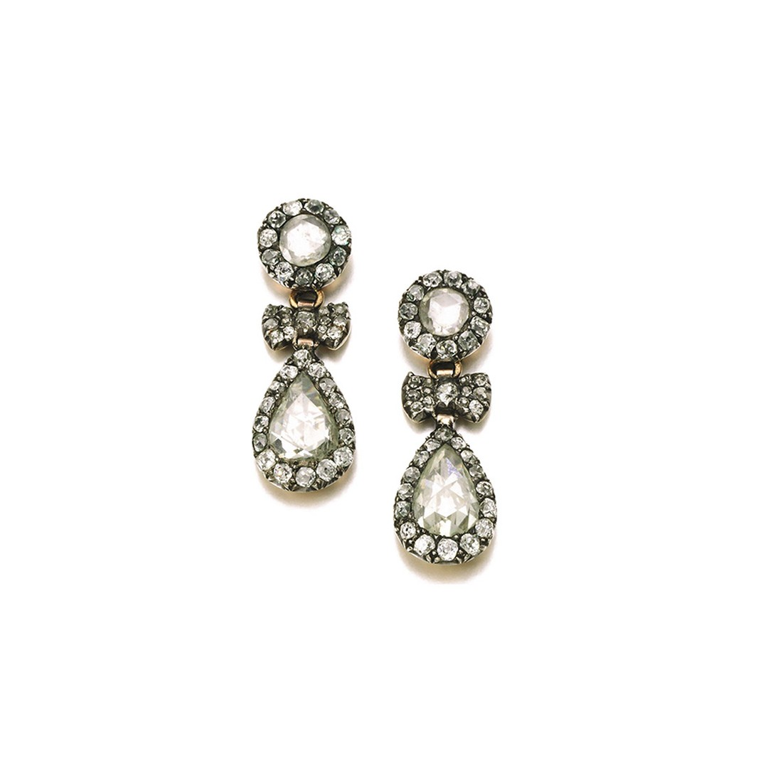 From Lot 292, late 18th century diamond pendent earrings up for auction at Sotheby's London (estimate: £ 15,000-25,000).