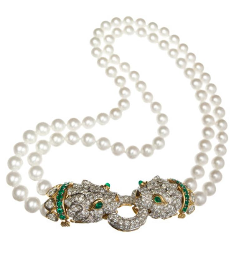 This David Webb gold Leopard necklace, with cabochon emeralds, pearls and diamonds, was originally owned and worn by Elizabeth Taylor