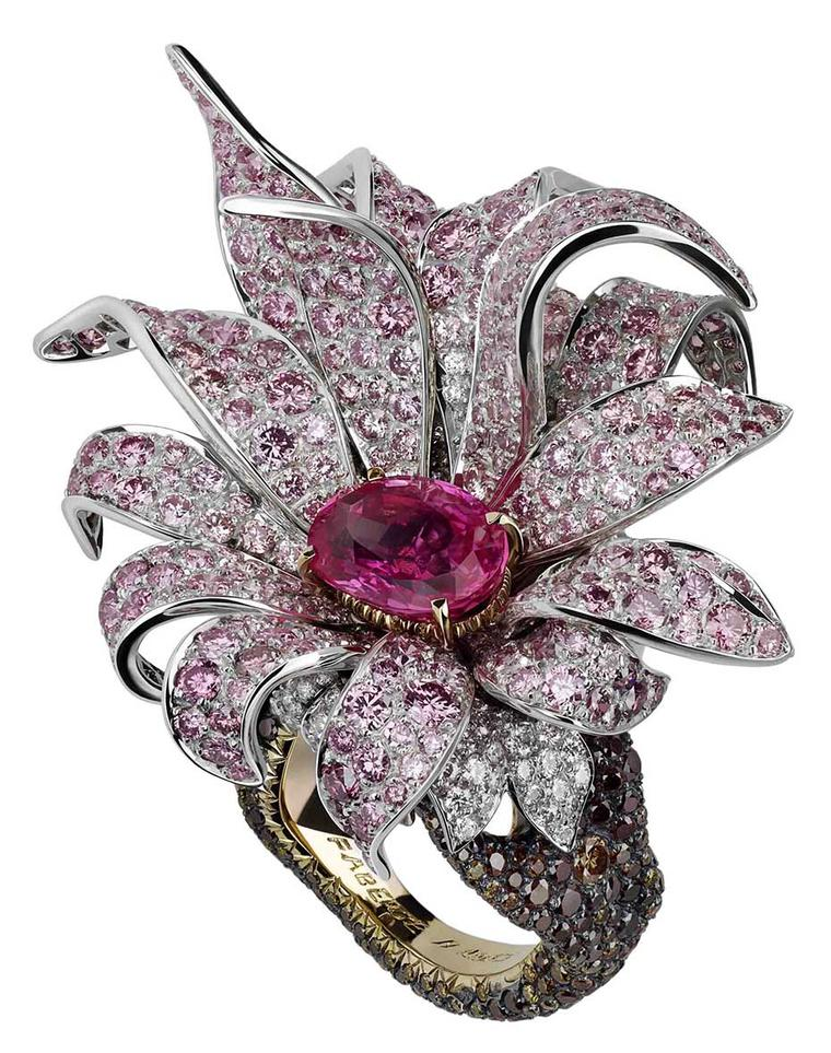 'A Fabergé Easter at Harrods' running from April 1st until the 17th will feature the Faberge´ Giant Magnolia ring.