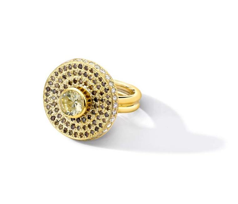 Nicola Pulvertaft for Powder Hill Spinning engagement ring in yellow gold and champagne diamonds