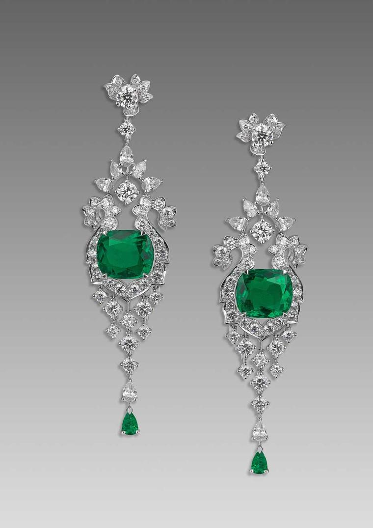 The David Morris chandelier earrings worn by Kate Winslet to the London premiere of Divergent, featuring a pair of emeralds totalling 8.94ct and 8.67ct surrounded by brilliant and pear-cut diamonds