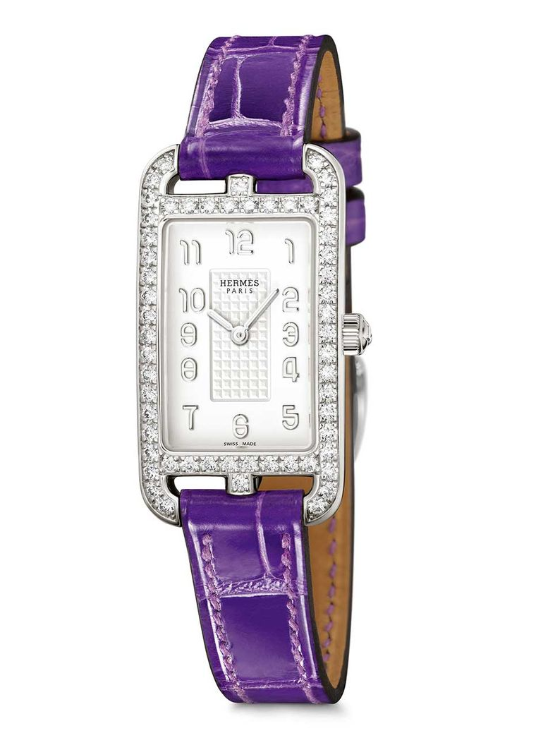 The new Hermès Cape Cod Nantucket Silver watch with diamonds, with an ultraviolet leather strap. This year, Hermès launches its first women's watches using silver instead of stainless steel, which are designed to age gracefully