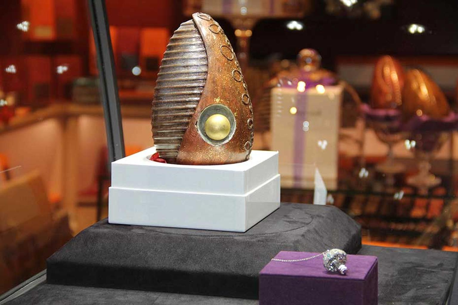 The inspiration behind the Shawish Easter Surprise at Harrods was the Shawish Diamonds Surprise, launched in 2013. Containing the Dandy Emerald Magic Mushroom pendant, the world's most valuable chocolate egg will soon be featured in the Guinness Book of W