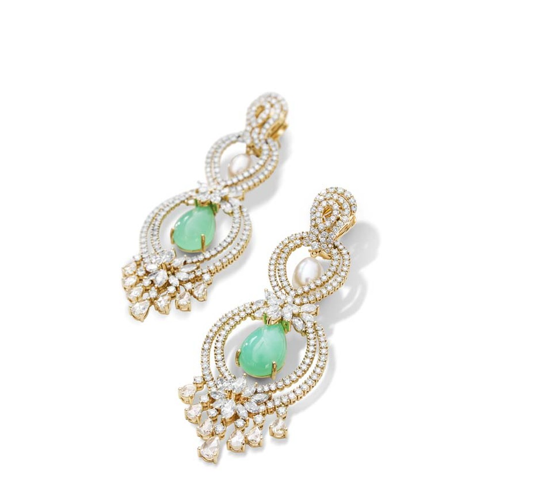 Farah Khan earrings in gold with diamonds, chrysoprase and South Sea pearls.